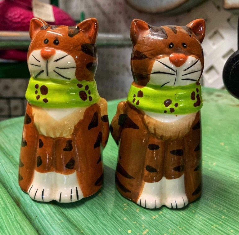 Pair of Green Scarfed Cats:  An Afternoon of Antiques in Snohomish, Washington