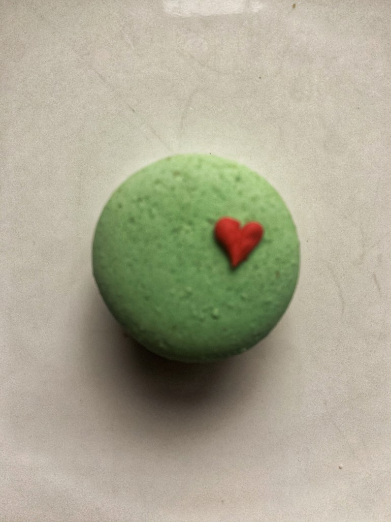 Christmas Confections: Adorable Christmas Macarons from Sweet Themes Bakery in Kent, Washington