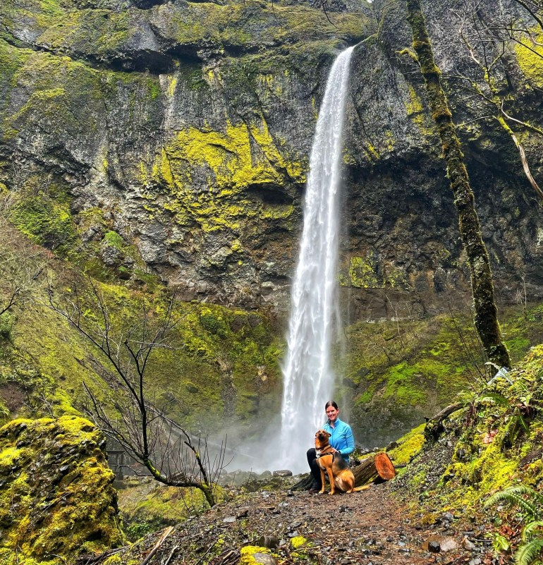 Hiking to Elowah Falls in the Columbia Gorge, Washington State