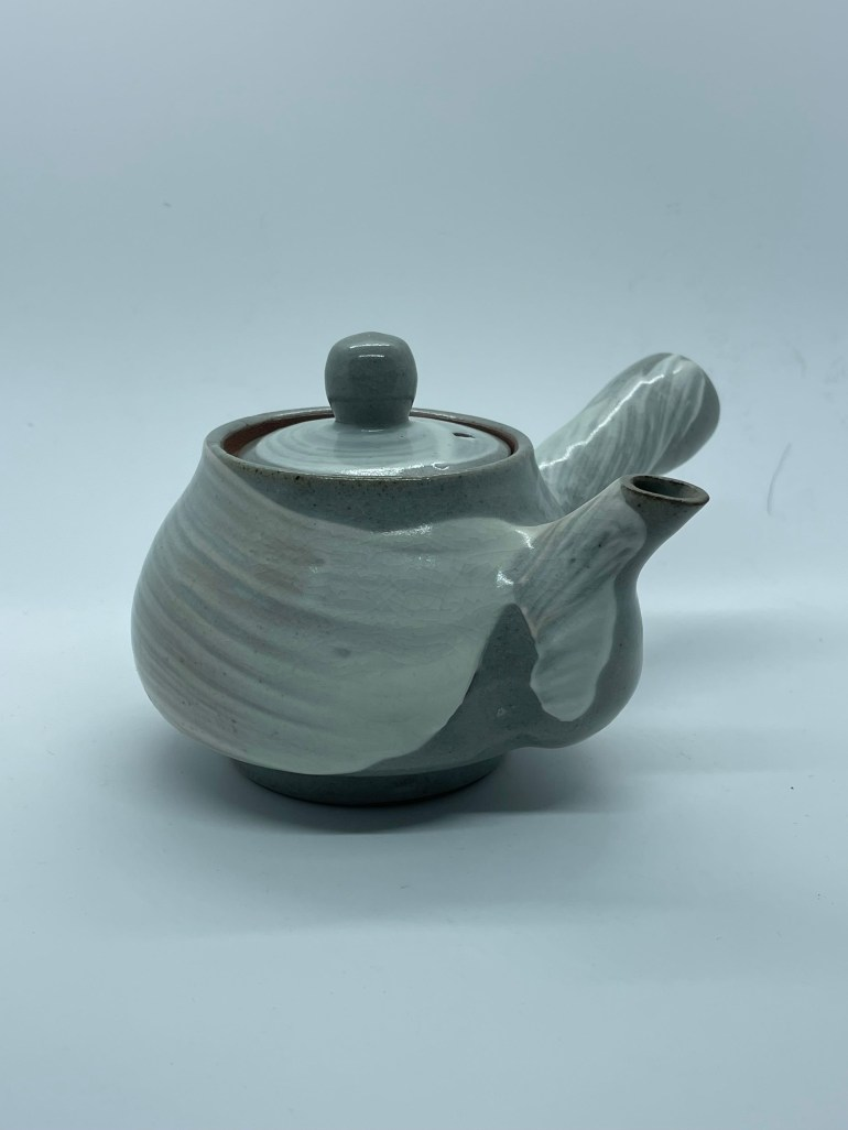 Hand Made Pottery: My First Teapot