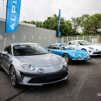 Alpine Werksbesichtigung: Alpine A110 Legende / Pure & Premiere Edition