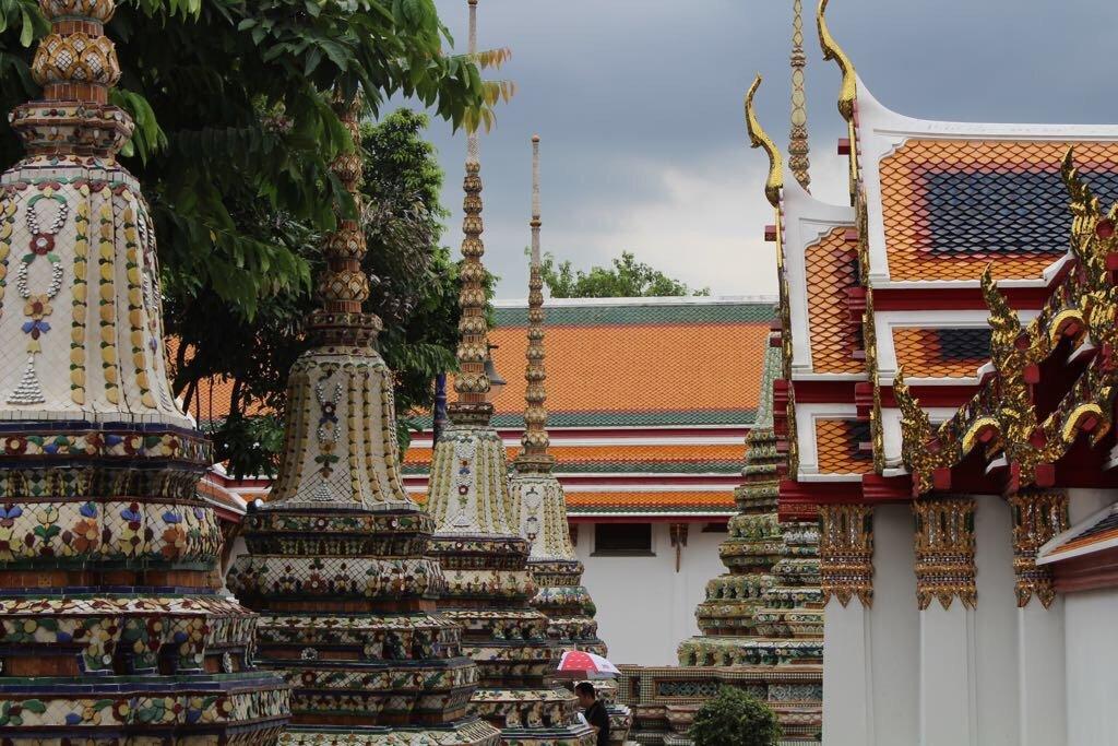 Wat Pho prang minori
