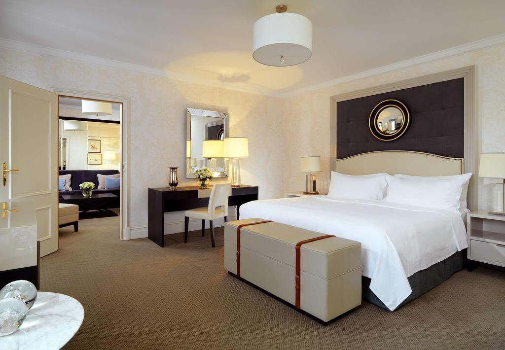 dove dormire a Varsavia, Hotel Bristol