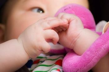 赤ちゃんを育てるお母さんからの問い合わせ:インナーチャイルド