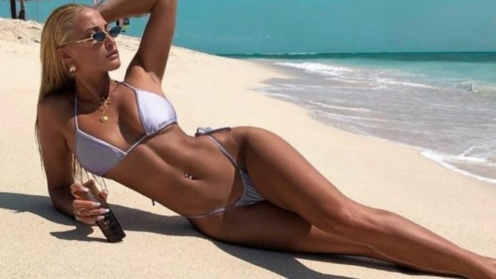 Ιωάννα Τούνη Ρ@Ζ Video. Αυτό είναι το Site με το βίντεο με την ...