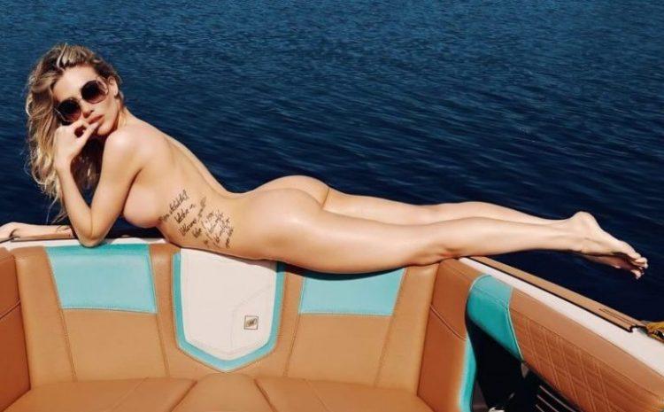 Γνωρίστε την Playmate Ιουλίου … για το Playboy !