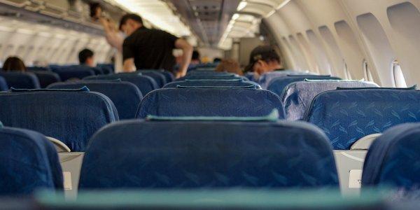 Διαψεύδει τα περί σεξουαλικής παρενόχλησης ο 50χρονος που δημιούργησε πρόβλημα σε πτήση