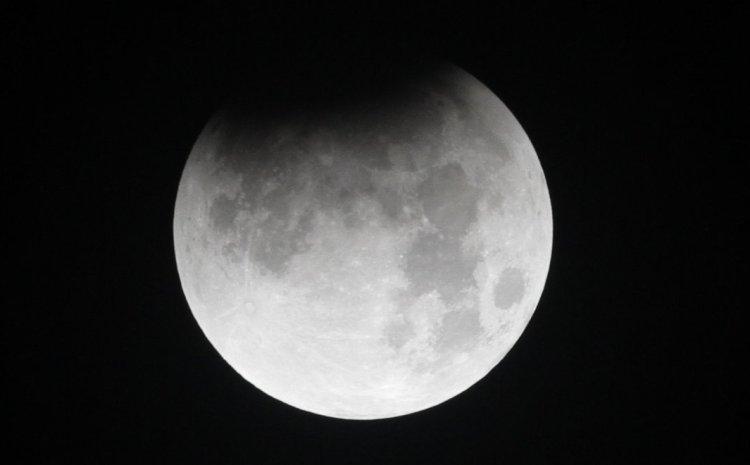 NASA: Η ταλάντευση της Σελήνης φέρνει ρεκόρ πλημμυρών στα μέσα της δεκαετίας του 2030