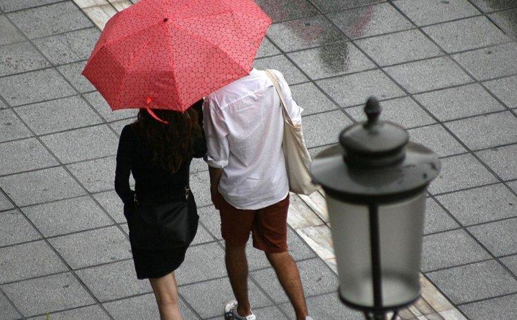 Καιρός: Έρχονται επικίνδυνες καταιγίδες τις επόμενες ώρες – Προειδοποίηση Μαρουσάκη