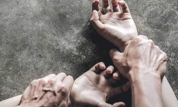 19χρονη: Με βίασε με το μαχαίρι στο λαιμό – Φώναξε όσο θέλεις, δεν σε ακούει κανένας