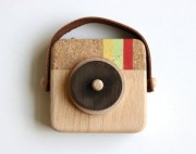 Cool-Instagram-Camera-Wood-300x236