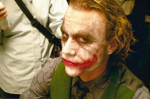 joker make-up