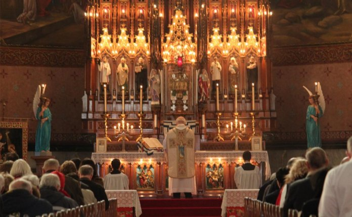 Ten Reasons To Attend The Traditional Latin Mass - OnePeterFive