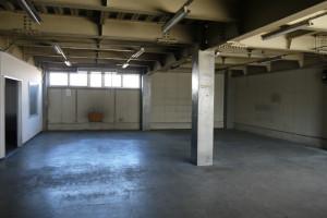 草加倉庫2