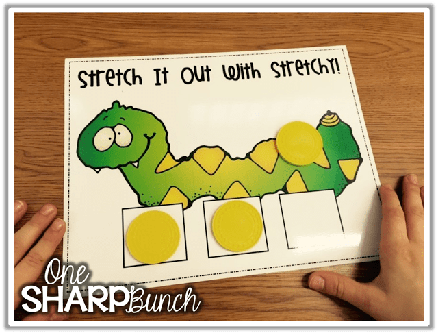 Phoneme segmentation & blending made easy with these tips and tricks for small group instruction! These are the perfect phonemic awareness activities for your guided reading lessons or literacy centers! Check out our color coded trick for teaching directionality and segmenting with CVC words!