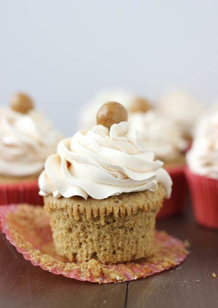 Caramel Brulée Latte Cupcakes