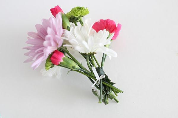mini-flower-bouquets