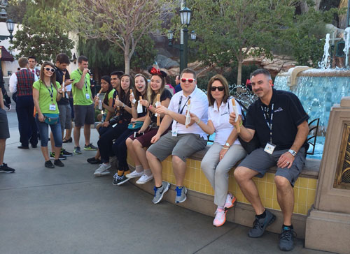 10 Reason To Book Your Disneyland Vacation With A Travel Agent