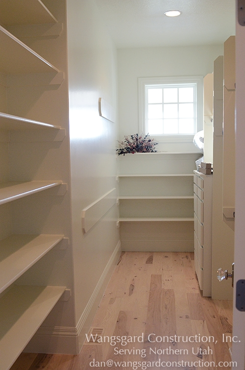Nice big closet.  Lots and lots of finish carpentry ideas from Mariel's husband, a Utah finish carpenter!