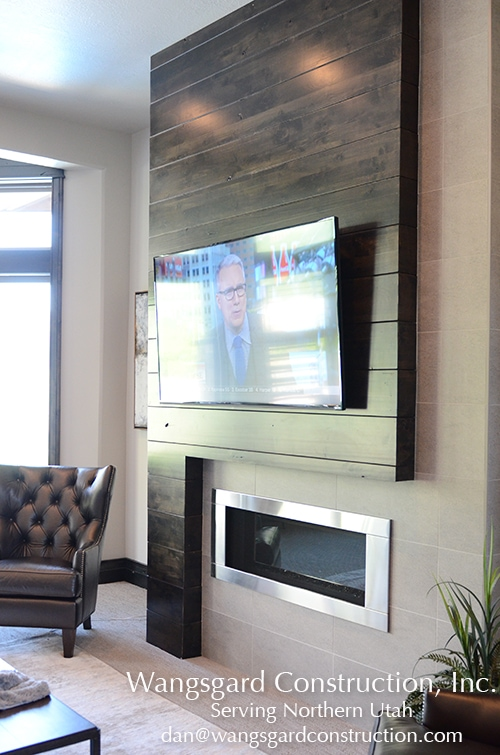 I love this modern mantle.  Lots and lots of finish carpentry ideas!