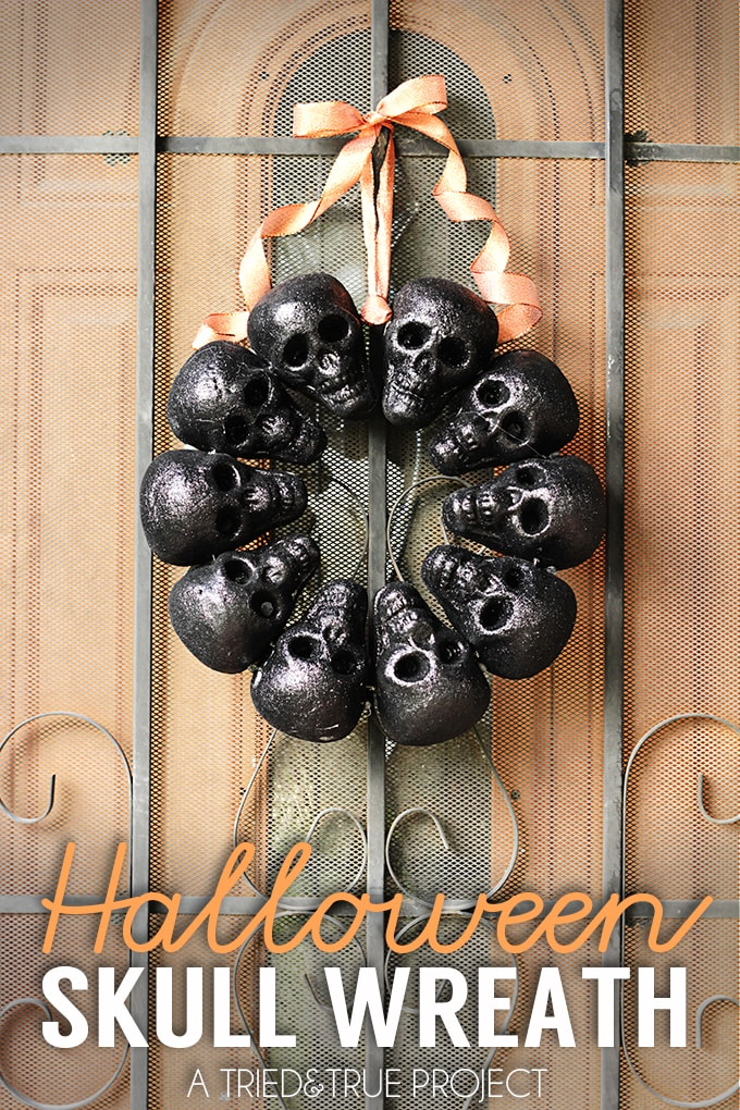 halloween skull wreath tried and true - Quick Halloween Decorations
