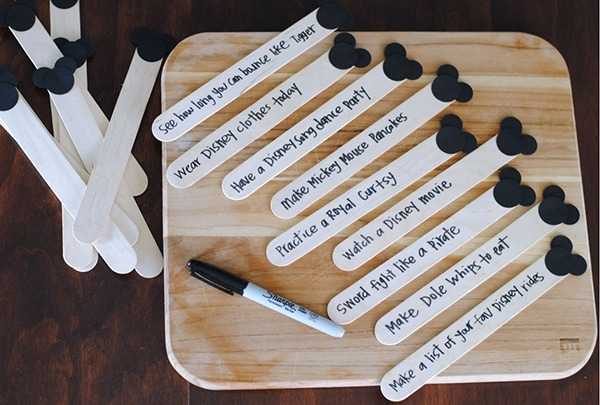 Disney Vacation Countdown Craft Sticks (she: Adelle)