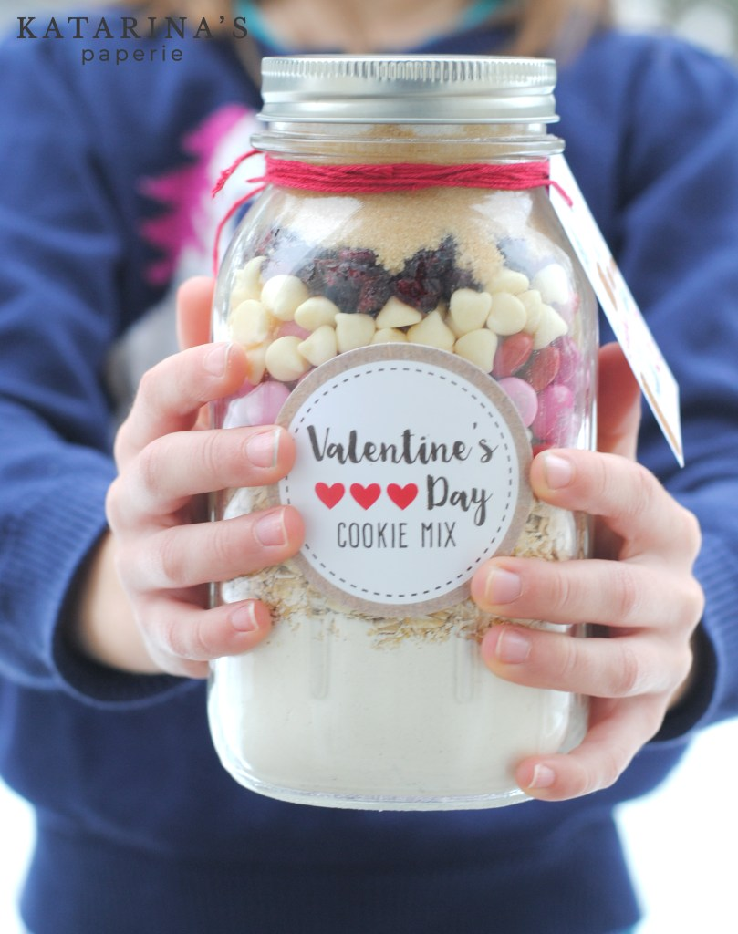 Valentine's Day cookies in a jar mix