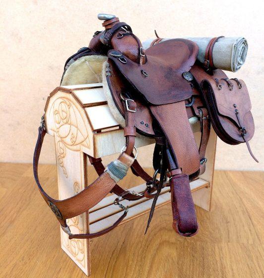apocalypse saddle with weathered detail