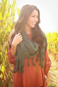 1609161101000-2016092315093100-12d09fe8pumpkin-patch-tasseled-blanket-scarf-in-forest_1024x1024