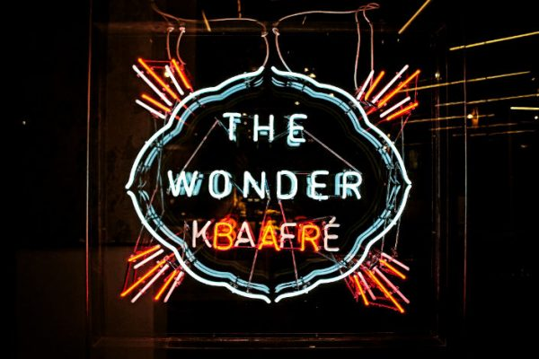 wonder-cafe-03