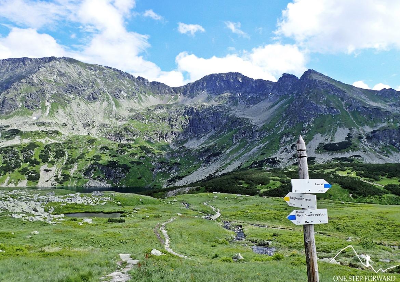 Wielki Staw Polski i żółty szlak na Szpiglasową Przełęcz