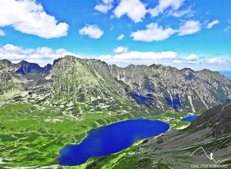 Widok w kierunku północnym na Dolinę Pięciu Stawów Polskich