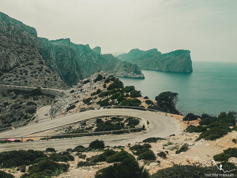 Droga do latarni morskiej Far de Formentor - Cap de Formentor, Majorka