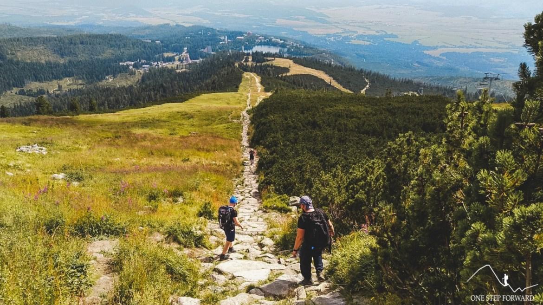 Niebieski szlak z Chaty pod Soliskiem do Szczyrbskiego Jeziora