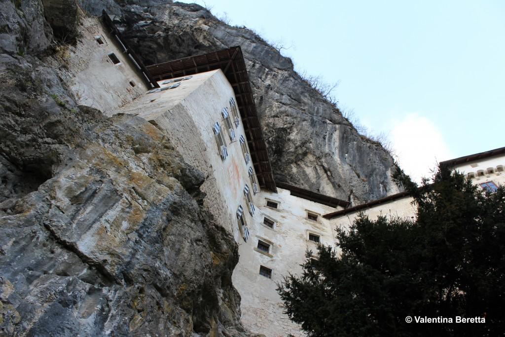 sotto castello Predjama