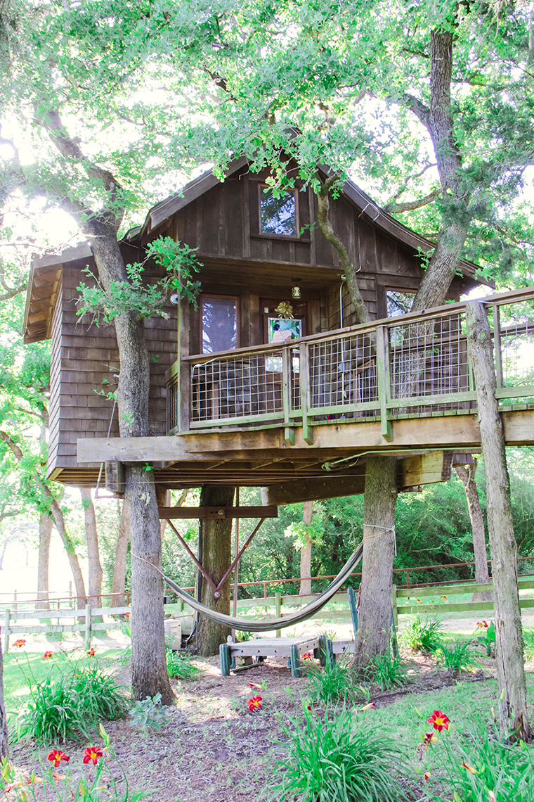 Texas Treehouse Getaway 4