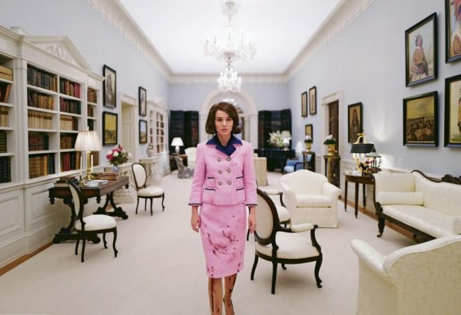 Natalie Portman as Jackie Kennedy in Jackie. Image via vulture.com | onetakekate.com