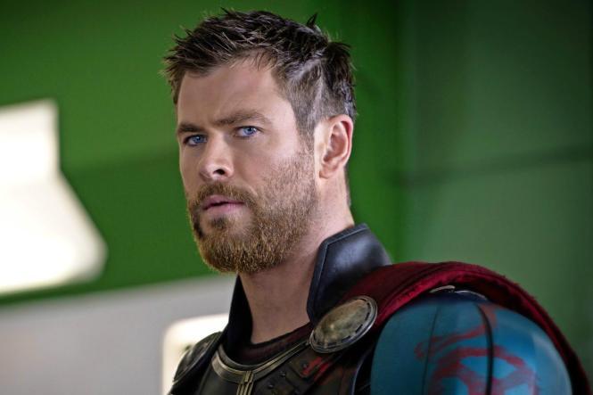 Chris Hemsworth IS Thor | Thor Ragnarok movie review | onetakekate.com