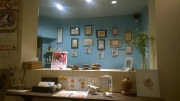 the birds cafe 6