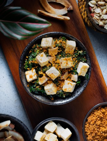 Spinach and Tofu with Peanut Chutney Powder