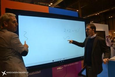 Surface Hub (7)