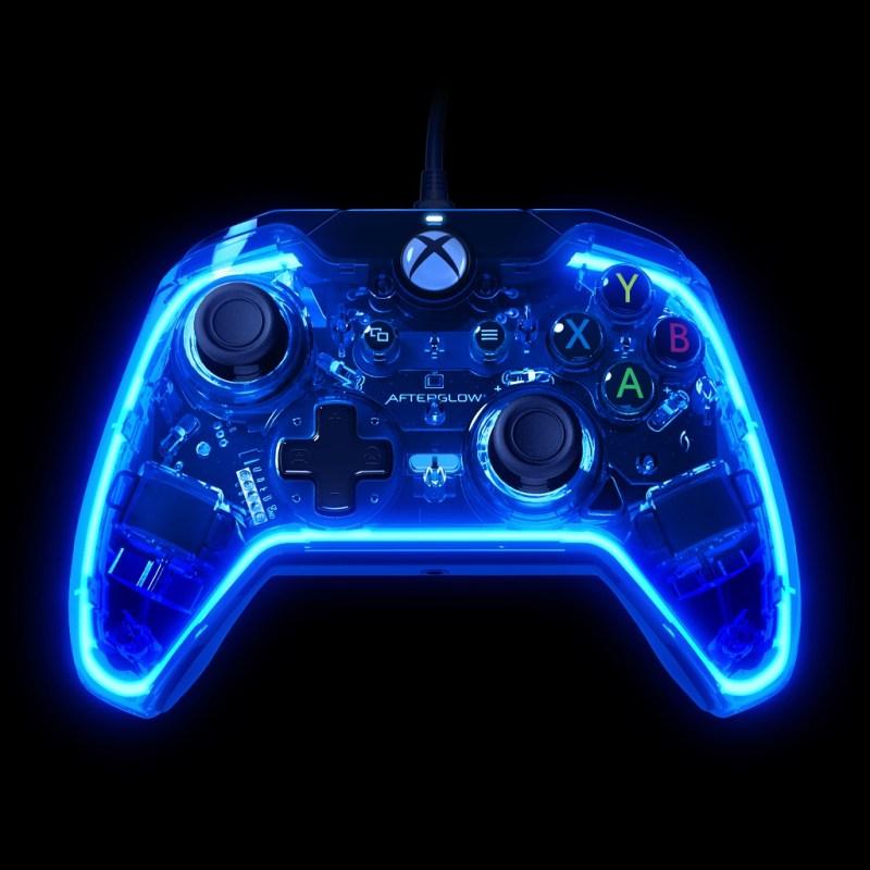 straight_-_blue_glow_on_black