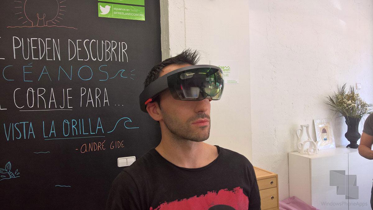Microsoft-HoloLens-WPA-david