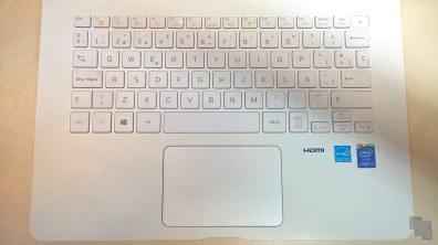 lg-14z950-14z960-teclado-touchpad