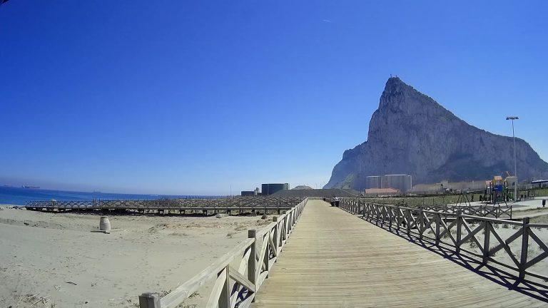 Die Rückseite des Felsens von Gibraltar