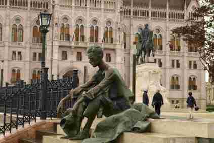 Bronzekunst allgegenwärtig in Budapest