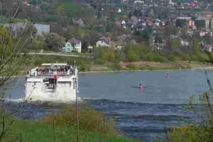 """Rad""""dampfer"""" auf der Donau"""