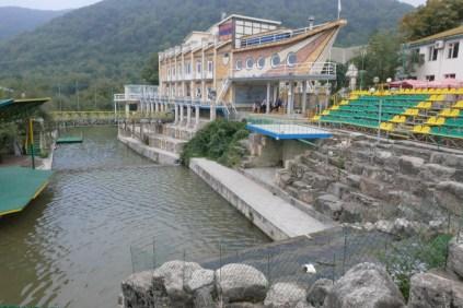 Hotel/Restaurant von Vank, gehe jedoch weiter hoch zum Kloster