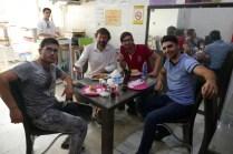 Einladung zum Mittagessen in Marand: Die Jungs wollen unbedingt nach Europa zum Studieren