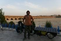 Pol-e Chādschu-Brücke von 1650, das Wahrzeichen von Esfahan